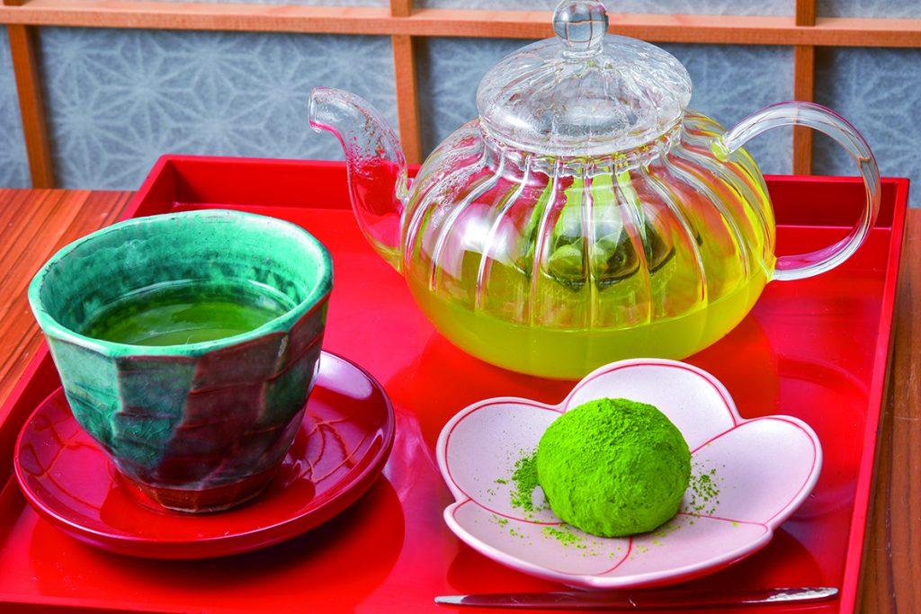 大和茶と口福餅のセット